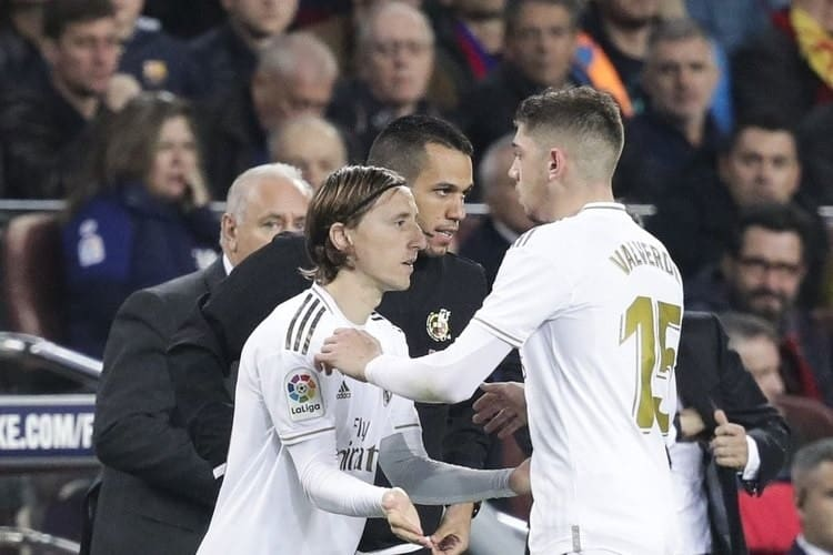 Valverde is substituted for Modric in a Match contested in the Spanish La Liga.