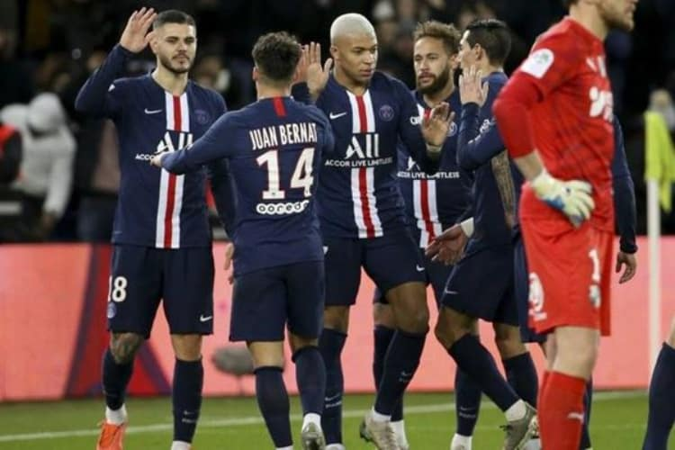 PSG Players Celebrate Scoring a Goal in a Match Contested in the French Ligue 1