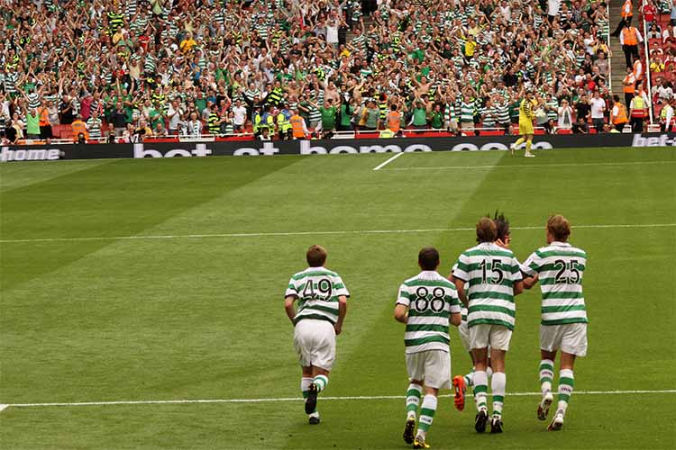 Celtic Glasgow Players On The Pitch