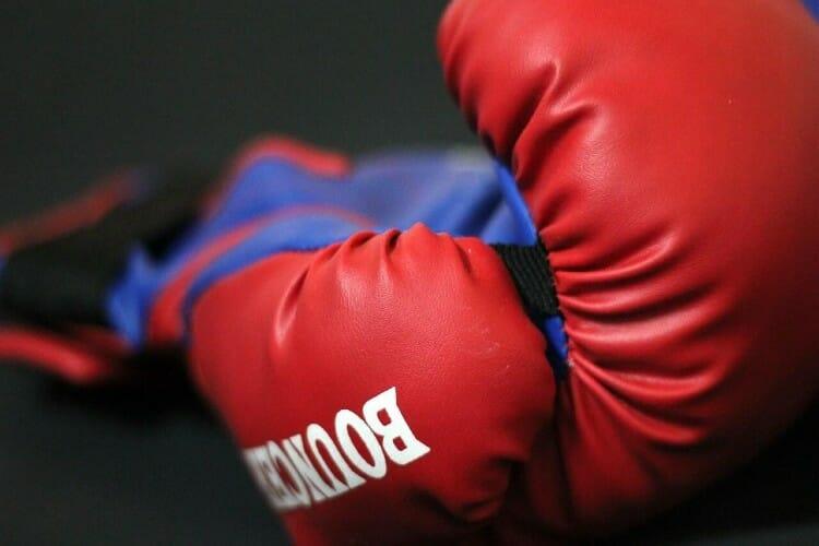 Online betting boxing paypal fees yuk kee restaurant kleinbettingen