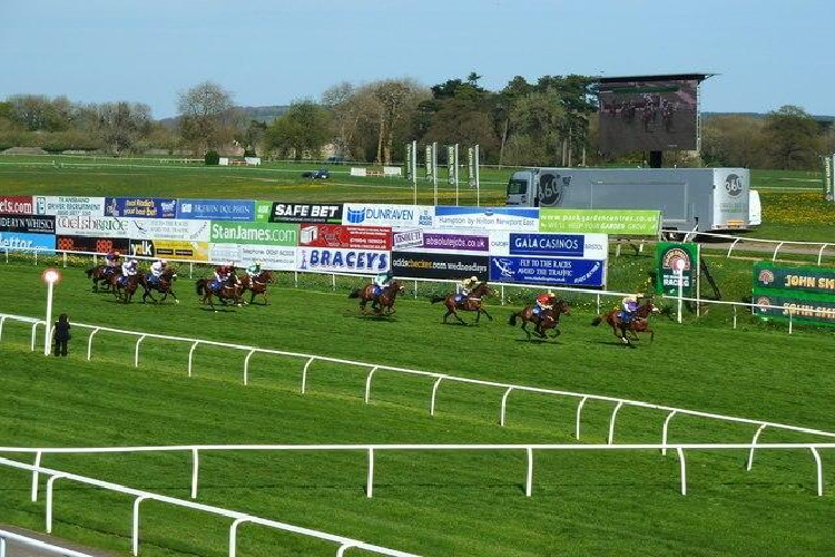 welsh grand national betting