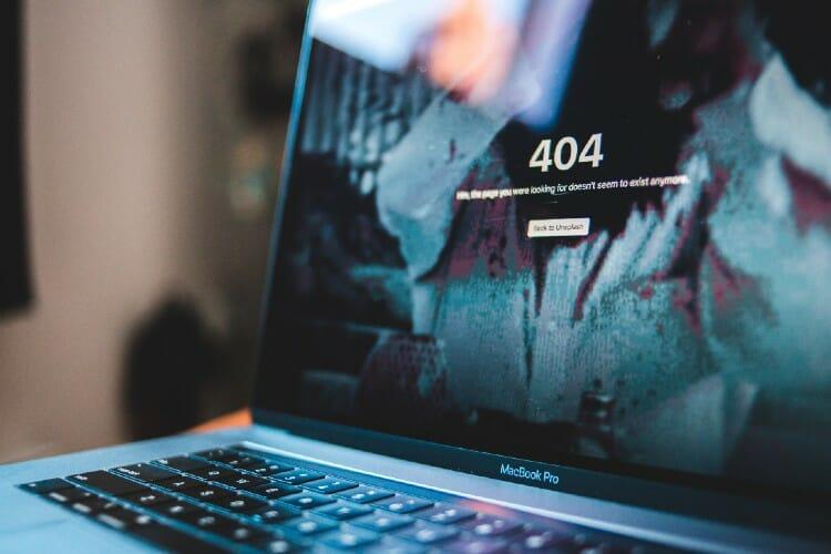 404 error on Laptop Screen